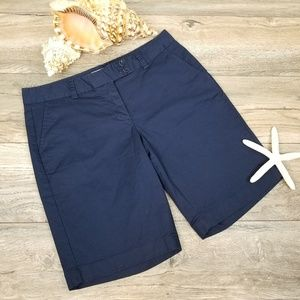 Vineyard Vines navy Bermuda shorts Sz 8